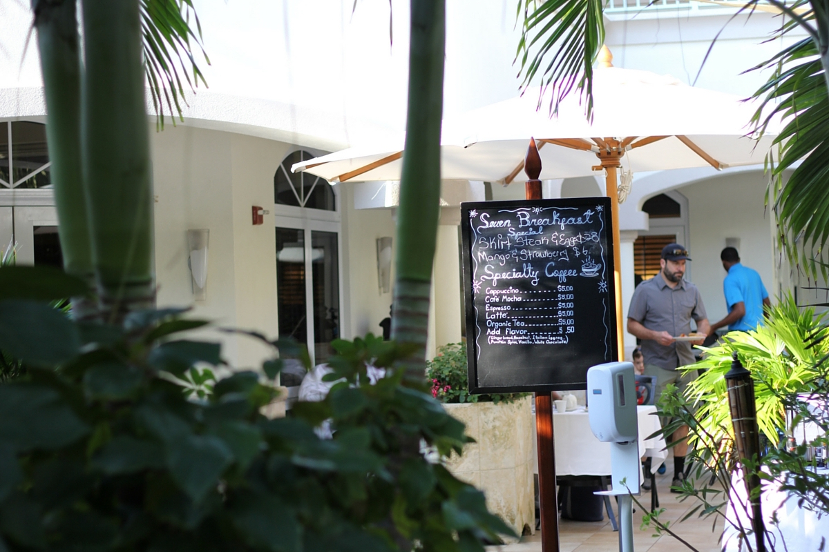 seven stars hotel, continental breakfast, grace bay hotel, turks and caicos
